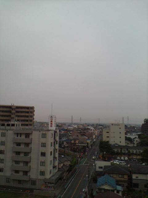 曇り空です♪