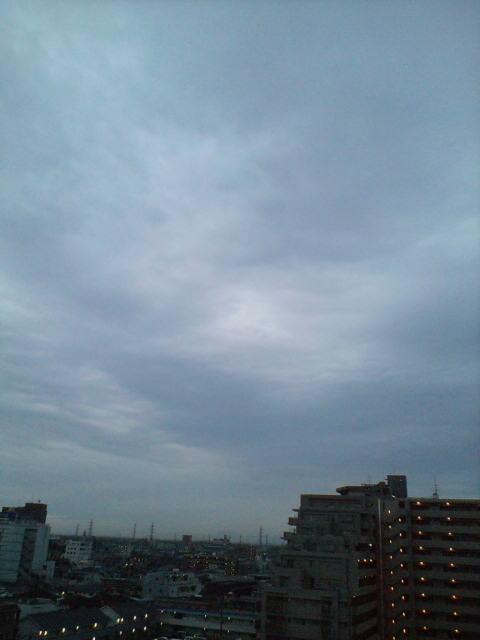 4時半の空