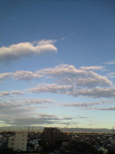秋雲の浮かぶ空