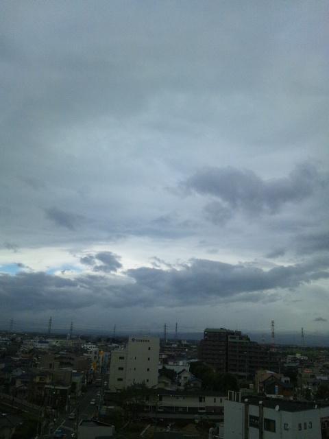 風の強い朝♪
